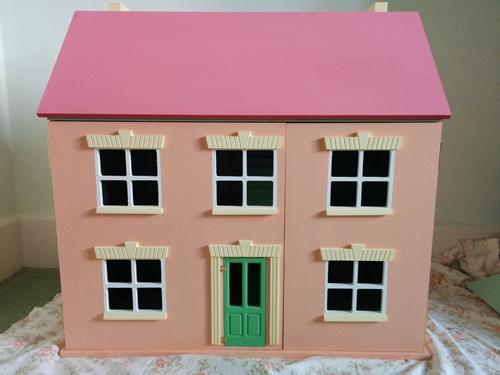 Starter dolls house